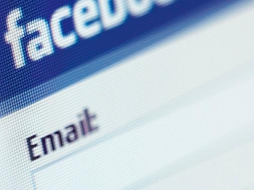 thu thập danh sách email qua facebook